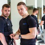 Czym kierować się przy wyborze miejsca do ćwiczeń z trenerem personalnym?